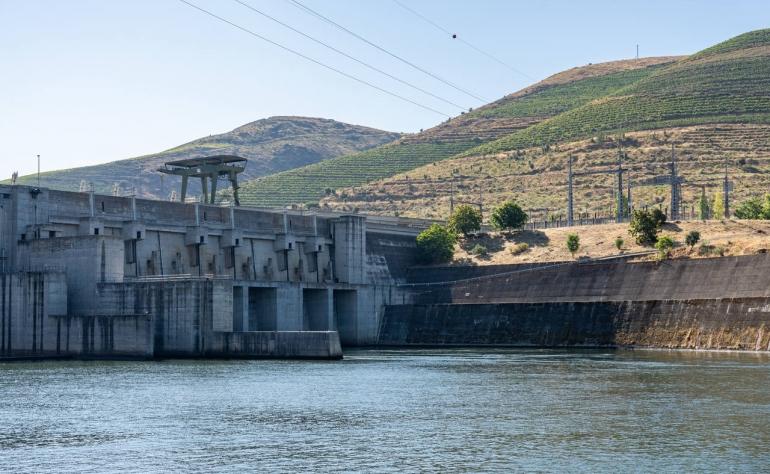 Pocinho Dam, built between 1978 and 1983