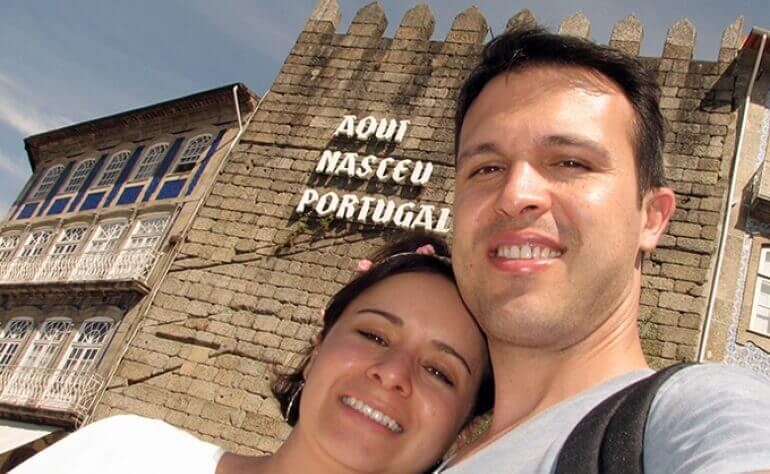 Francieli and Raphael, a newly married couple, chose Portugal to enjoy their honeymoon